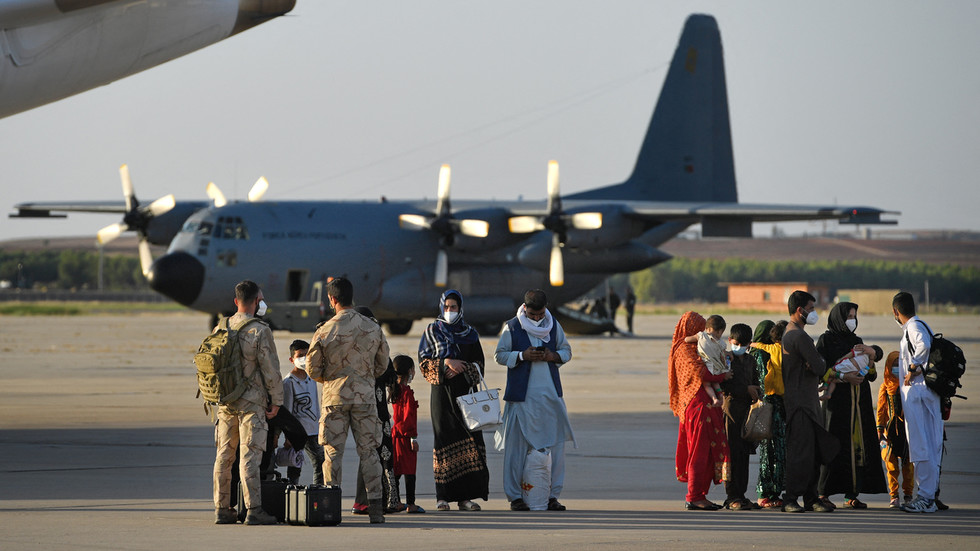 Spain evacuates 160 more Afghans in repatriation mission as it aims to rescue 'all former collaborators at risk'